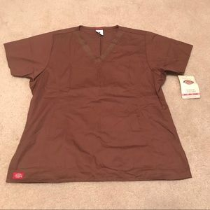 NEW BROWN DICKIES TOP LARGE